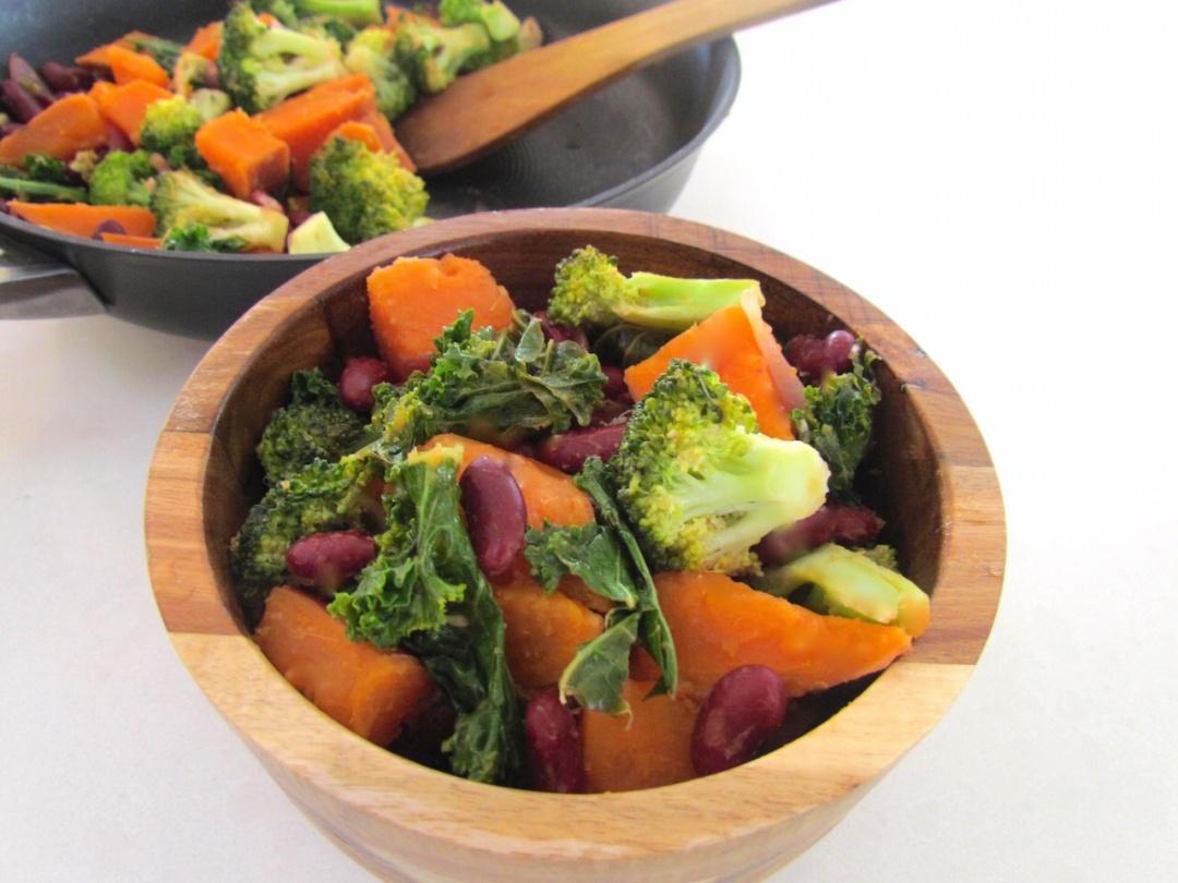 Seasonal Recipe: Sweet Potato & Kale Stir Fry – By Kirsty Stewart